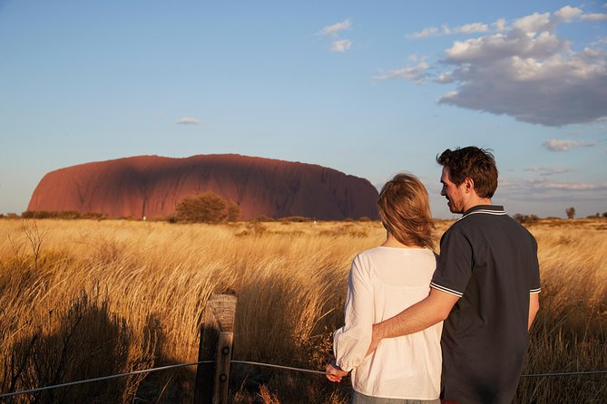 Uluru Ayers Rock Outback Barbecue Dinner and Star Tour - Lightning Ridge Tourism