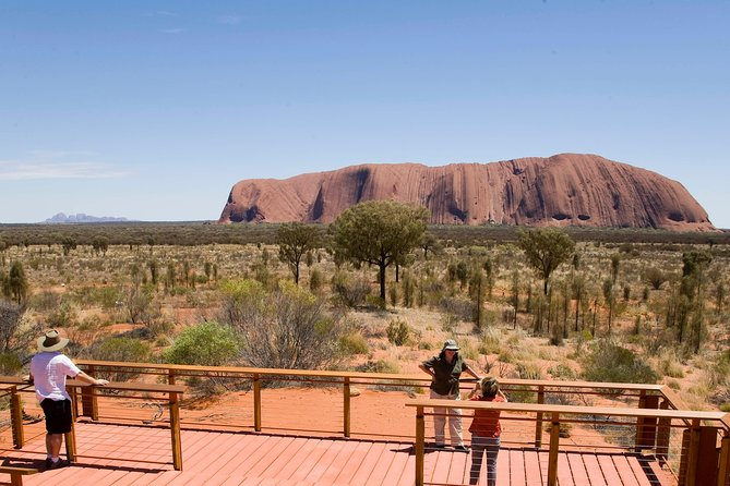 Uluru Small Group Tour including Sunset - Lightning Ridge Tourism