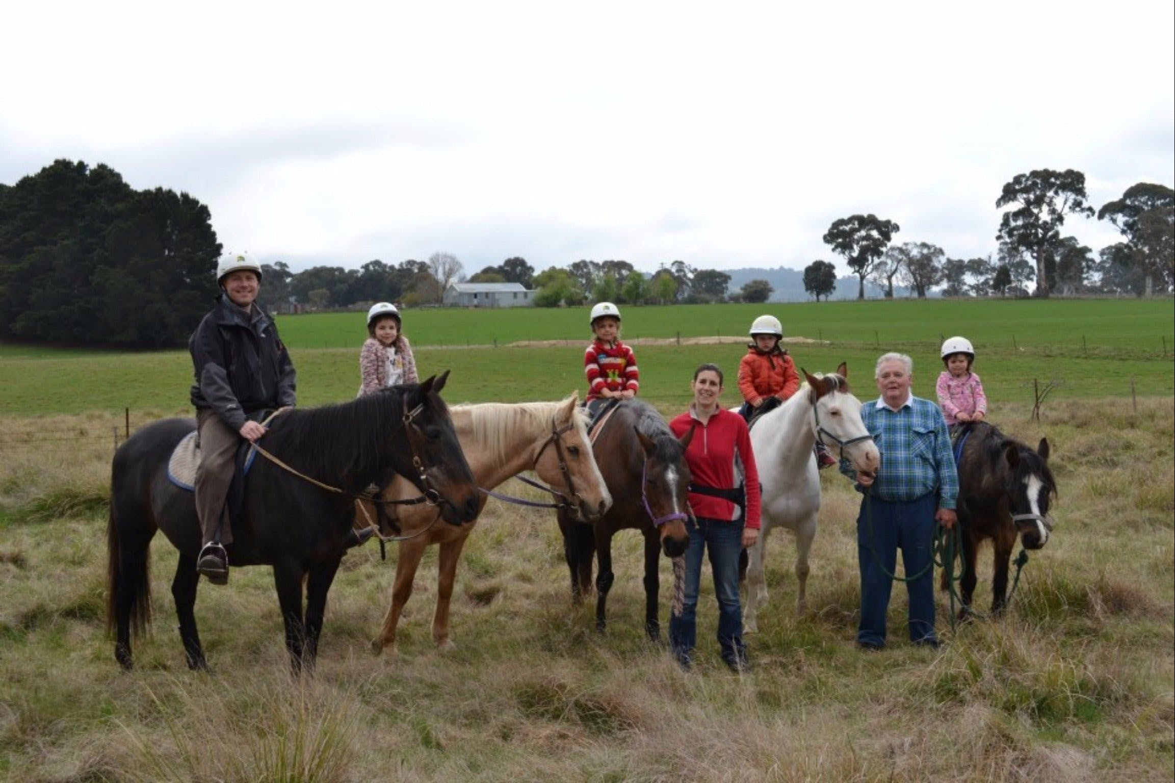 High Country Trail Rides - Lightning Ridge Tourism