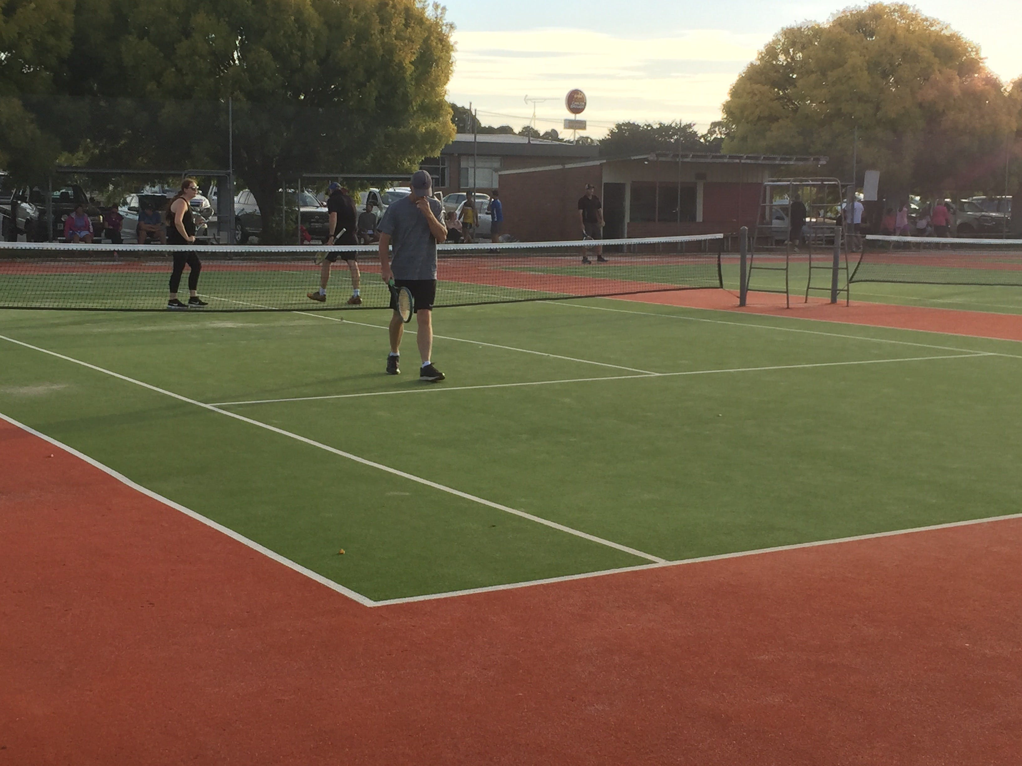 Crookwell Tennis Courts - Lightning Ridge Tourism
