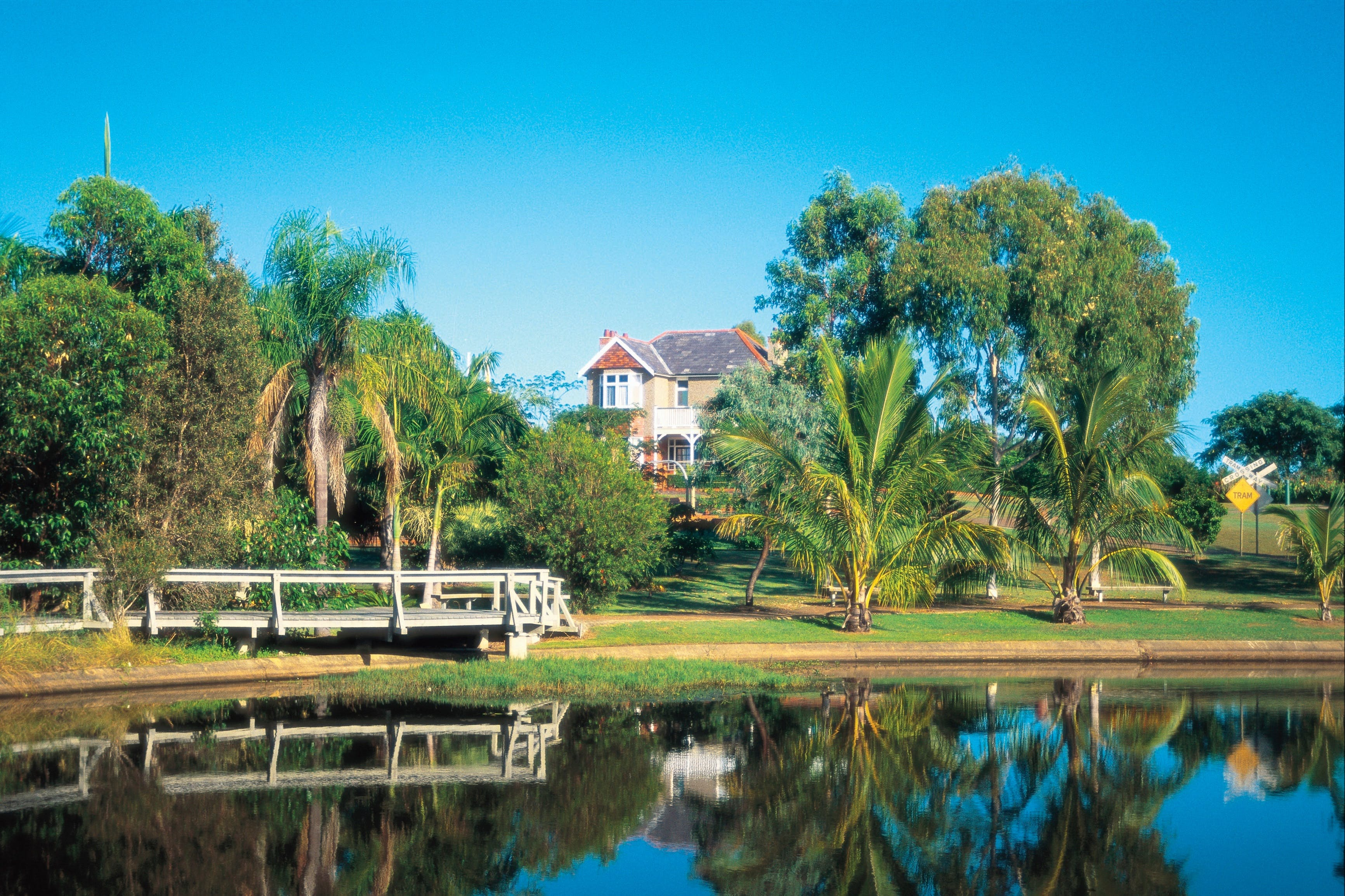 Bundaberg Botanic Gardens and Playground - Lightning Ridge Tourism