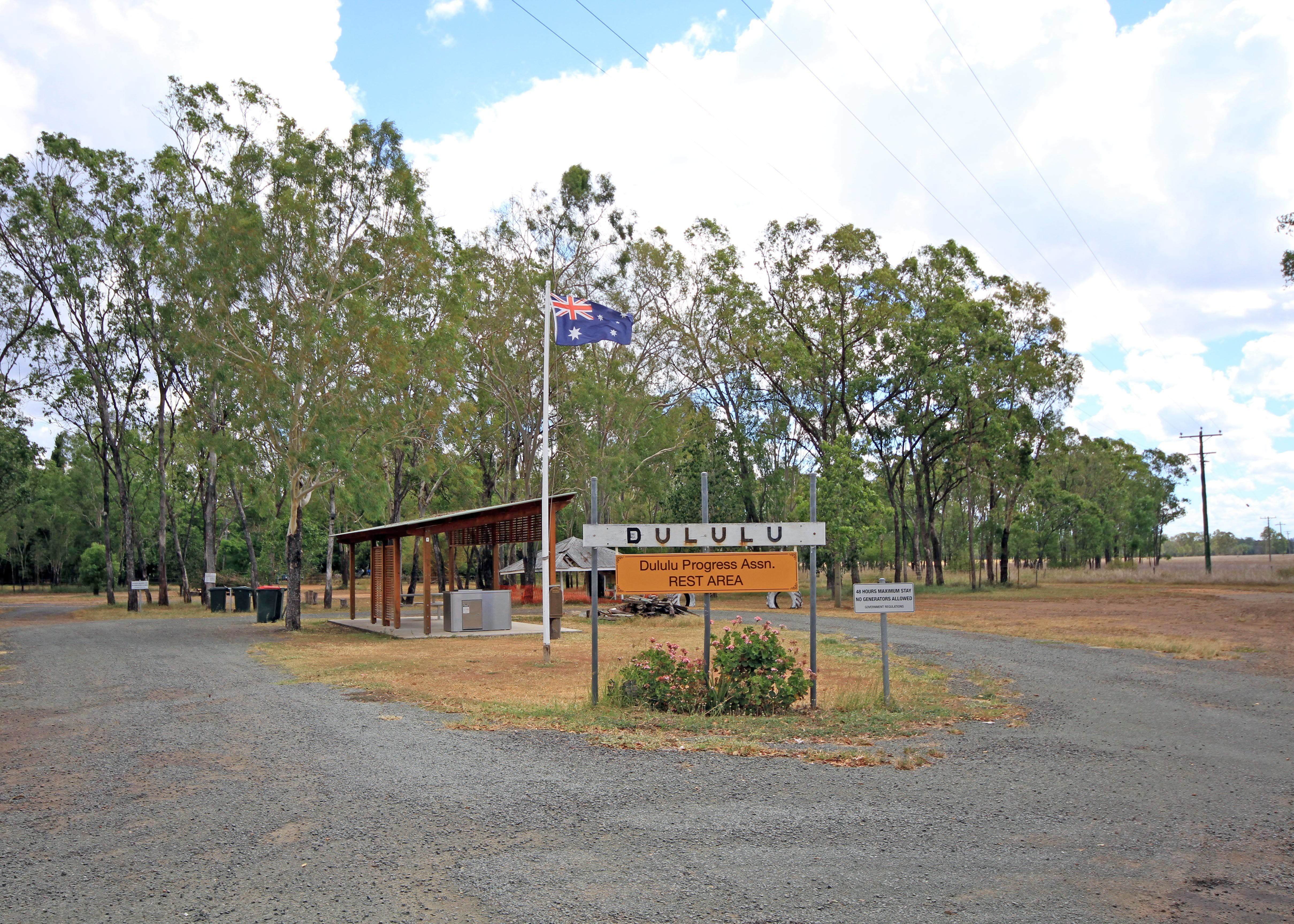 Dululu - Lightning Ridge Tourism