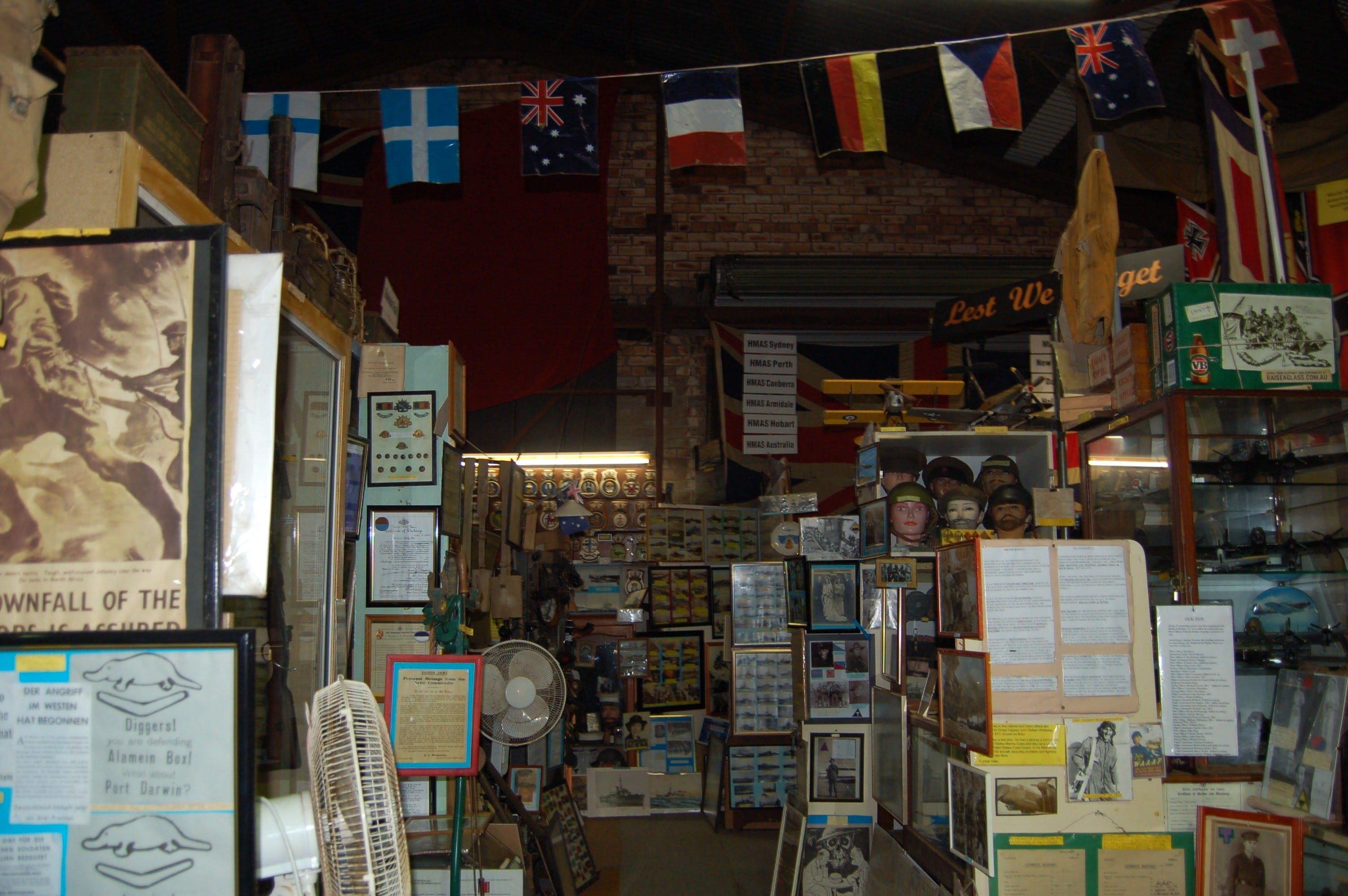 Military and Memorabilia Museum - Lightning Ridge Tourism