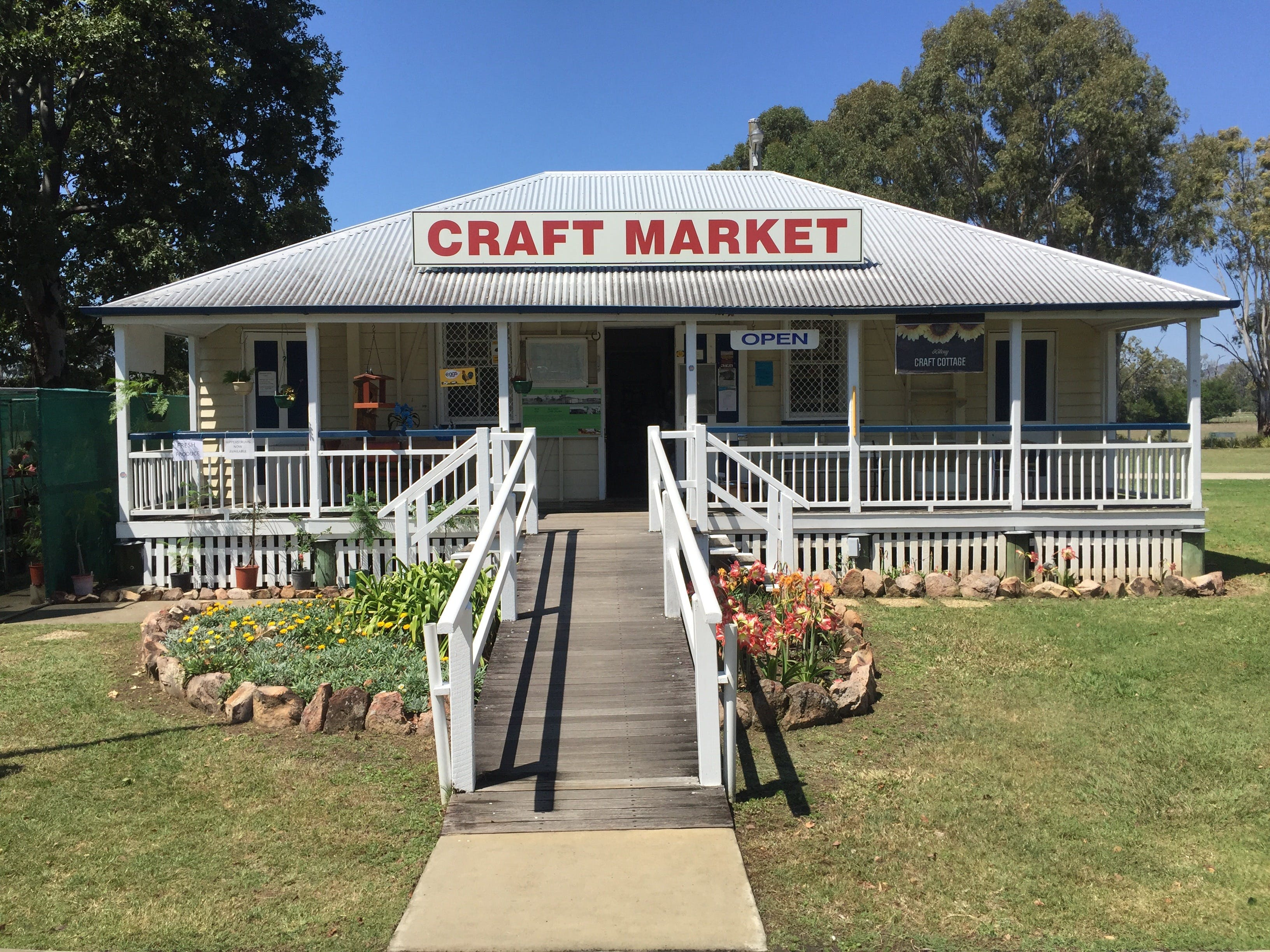 Kilcoy Craft Market - Lightning Ridge Tourism