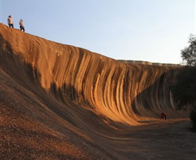 Wave Rock - Lightning Ridge Tourism