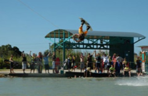 Cable Ski Cairns - Lightning Ridge Tourism