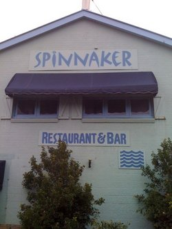 Spinnaker Restaurant and Bar - Lightning Ridge Tourism