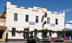 Shire Hall Hotel - Lightning Ridge Tourism
