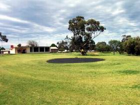 Cleve Golf Club - Lightning Ridge Tourism