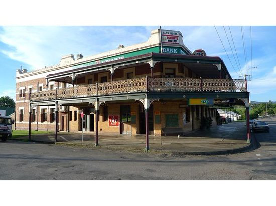Bank Hotel Dungog - Lightning Ridge Tourism