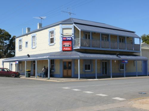 Port Wakefield Hotel - Lightning Ridge Tourism