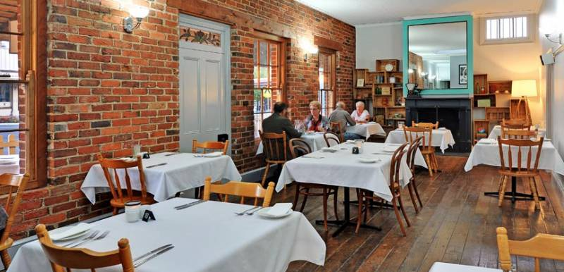Stokers Restaurant  Bar - Lightning Ridge Tourism