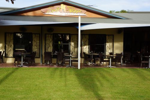 Saltnpeppa Cafe Ristorante - Lightning Ridge Tourism