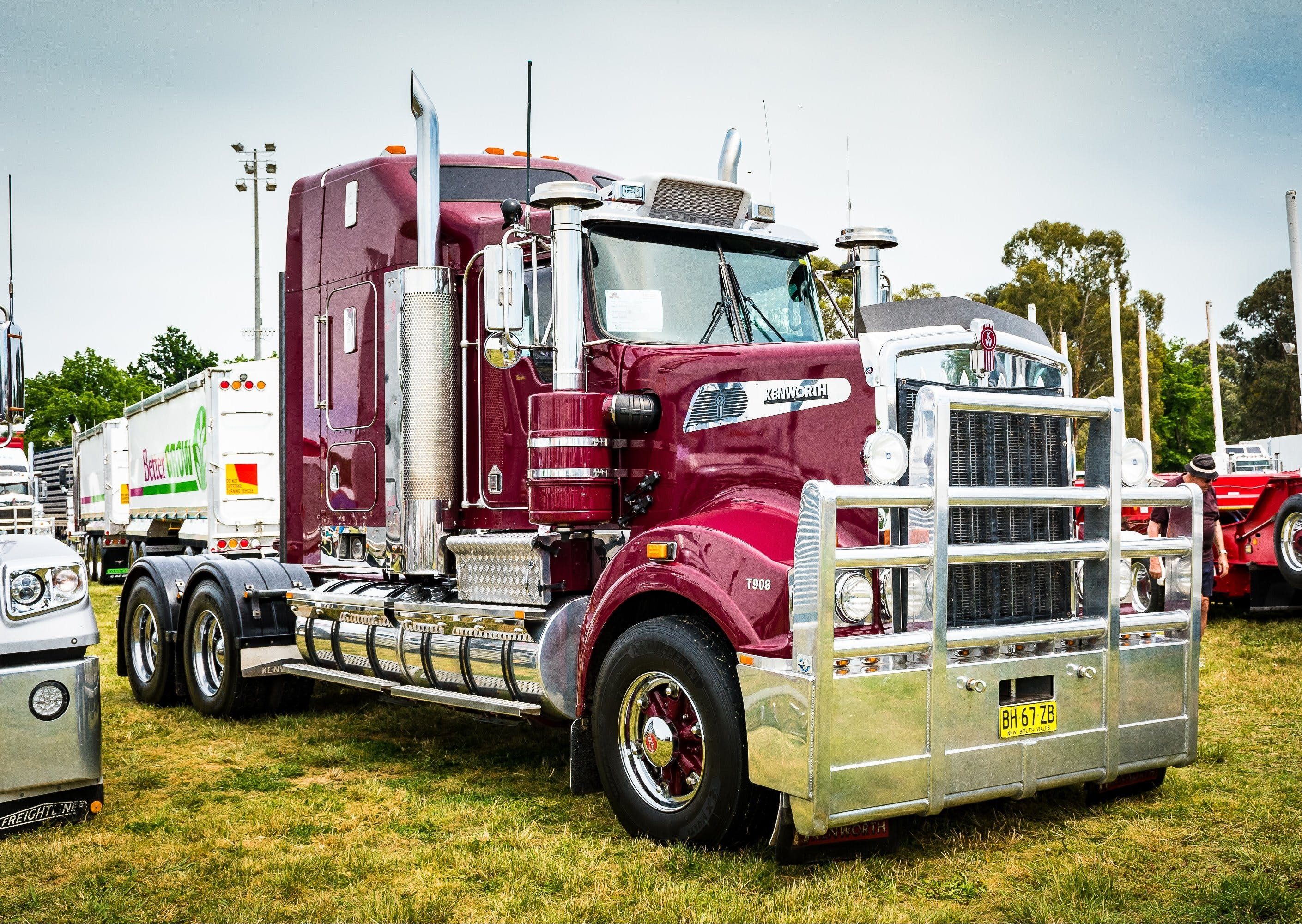Dane Ballinger Memorial Truck Show - Lightning Ridge Tourism
