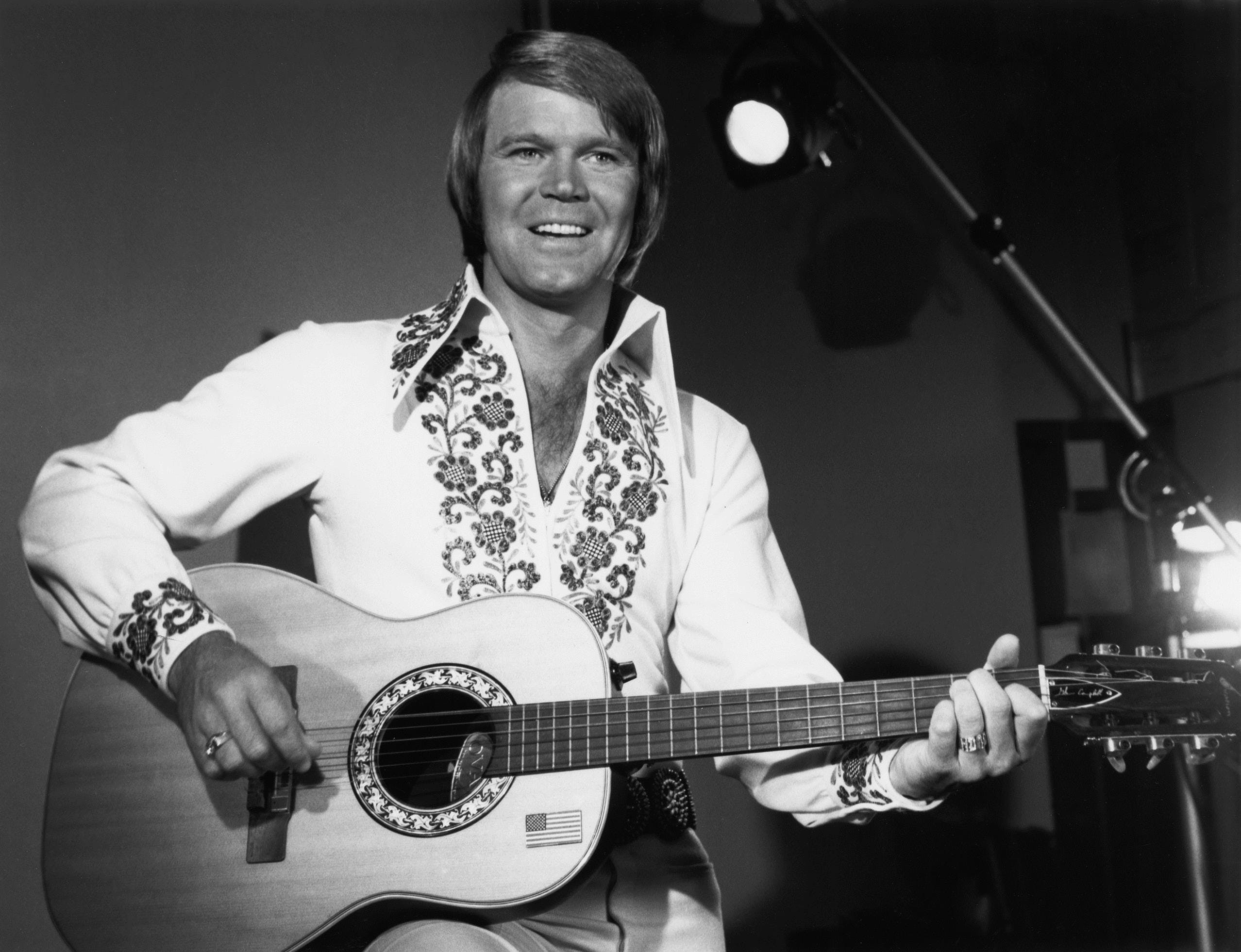 Glen Campbell And Frankie Laine Show - Lightning Ridge Tourism