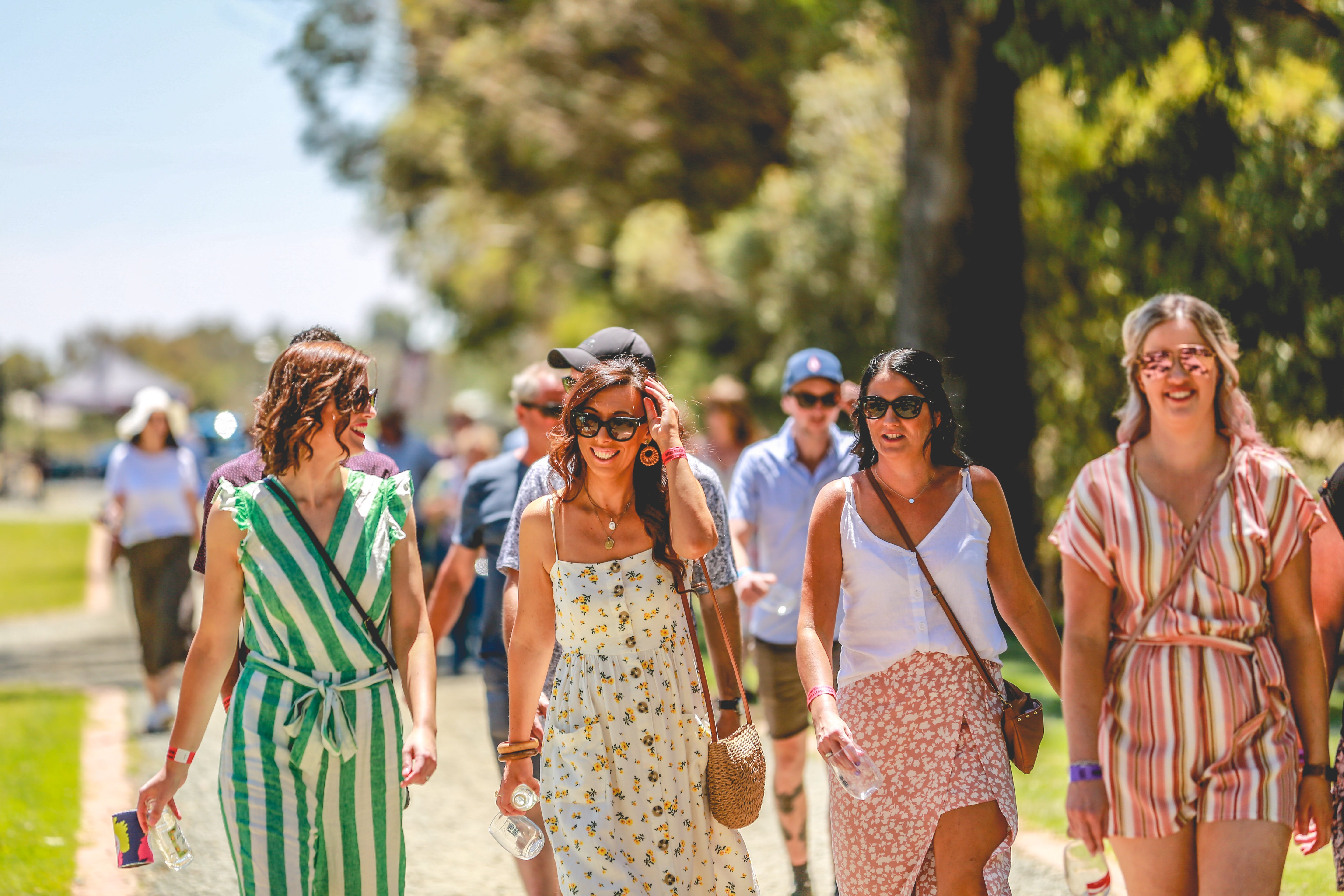 Perricoota Pop and Pour Festival - Echuca Moama - Lightning Ridge Tourism