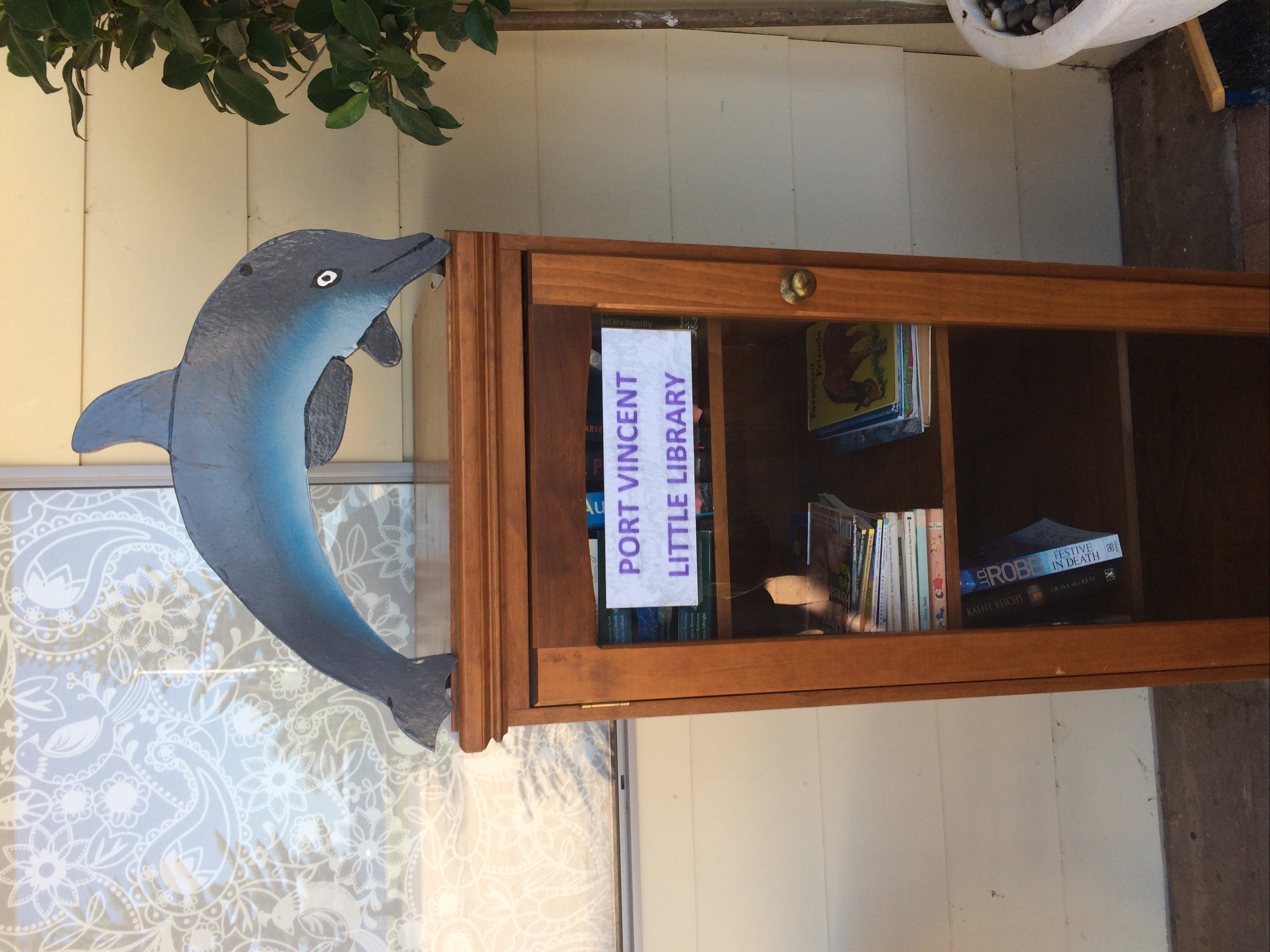 Port Vincent VIO Book Swap - Lightning Ridge Tourism
