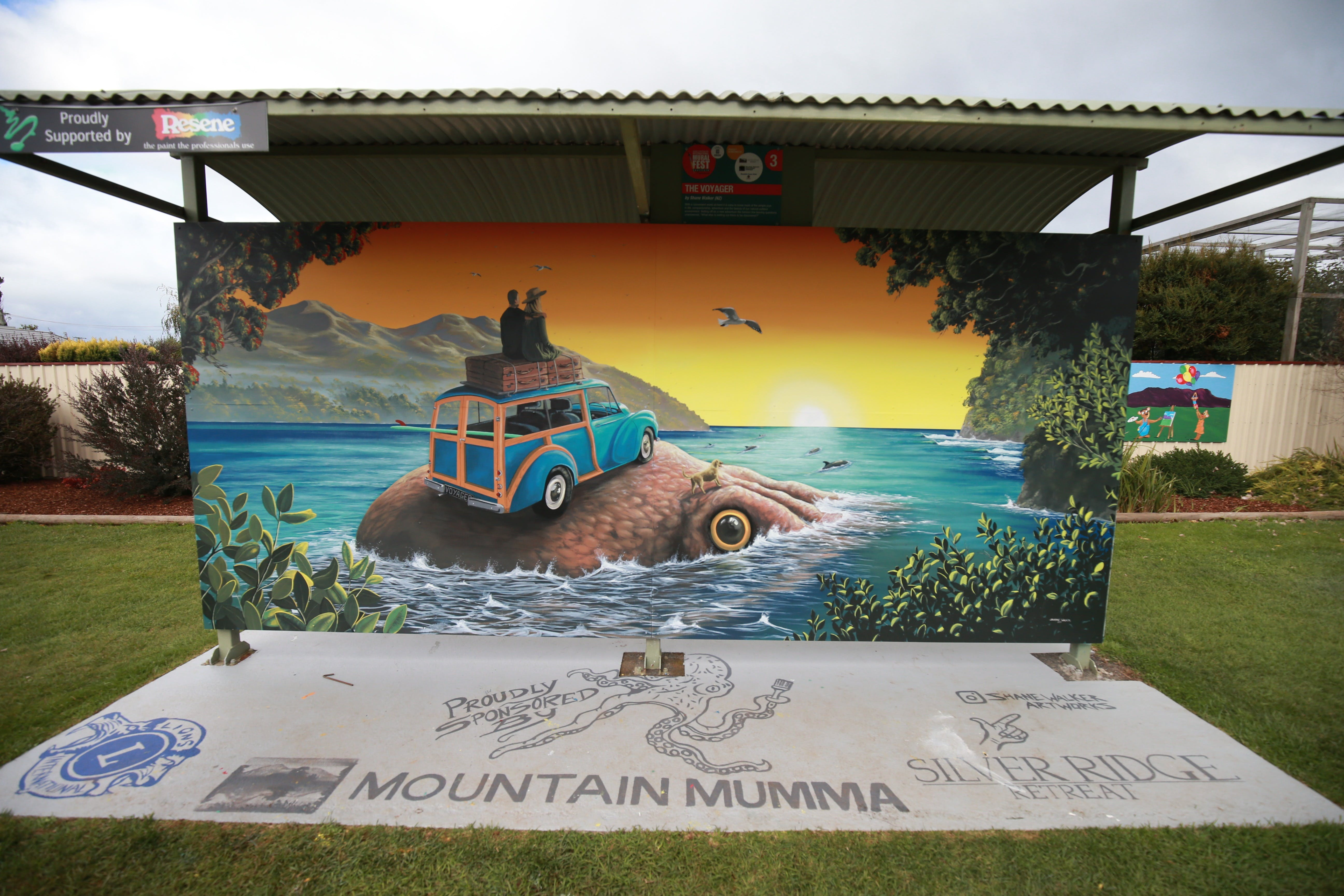 Davies Construction International Mural Fest - Lightning Ridge Tourism