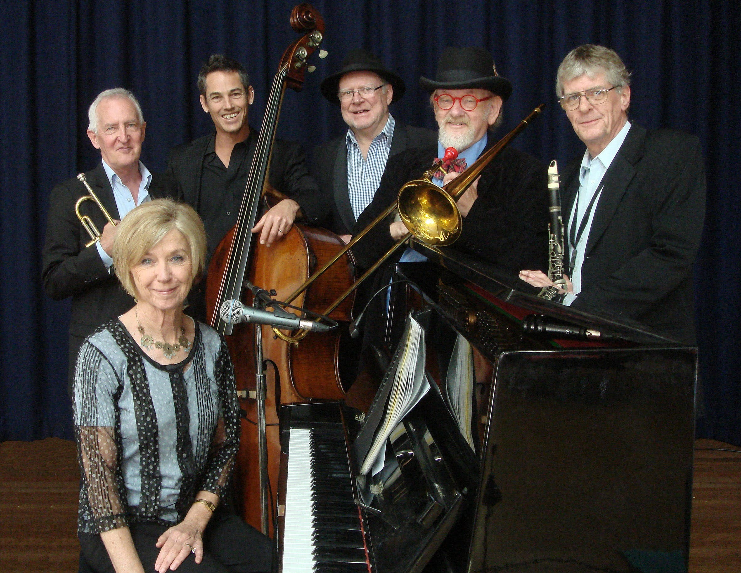 The Caxton Street Jazz Band in the Swigmore Hall at Robert Channon Wines - Lightning Ridge Tourism