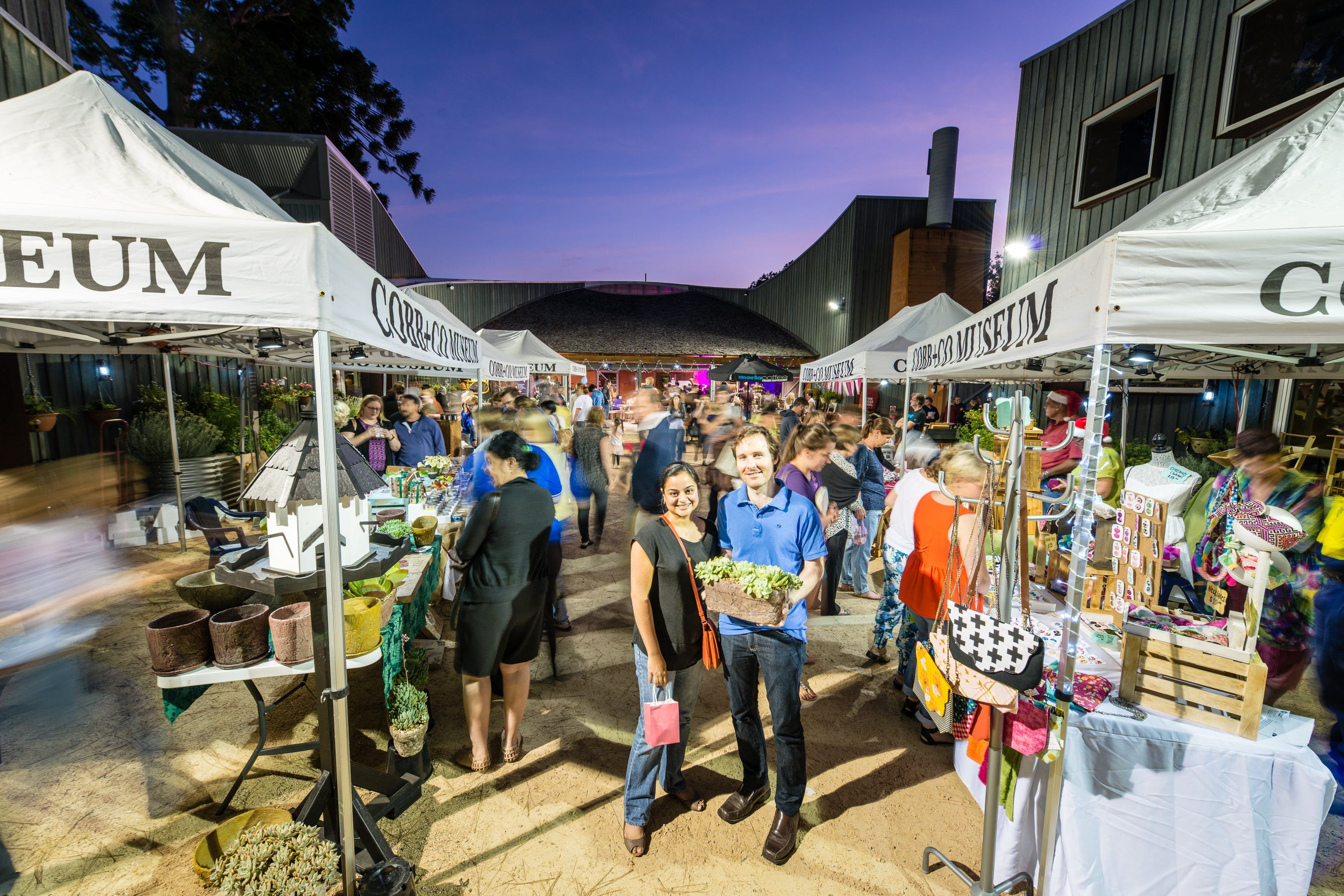 Hand Made Under the Stars - Twilight Market - Lightning Ridge Tourism
