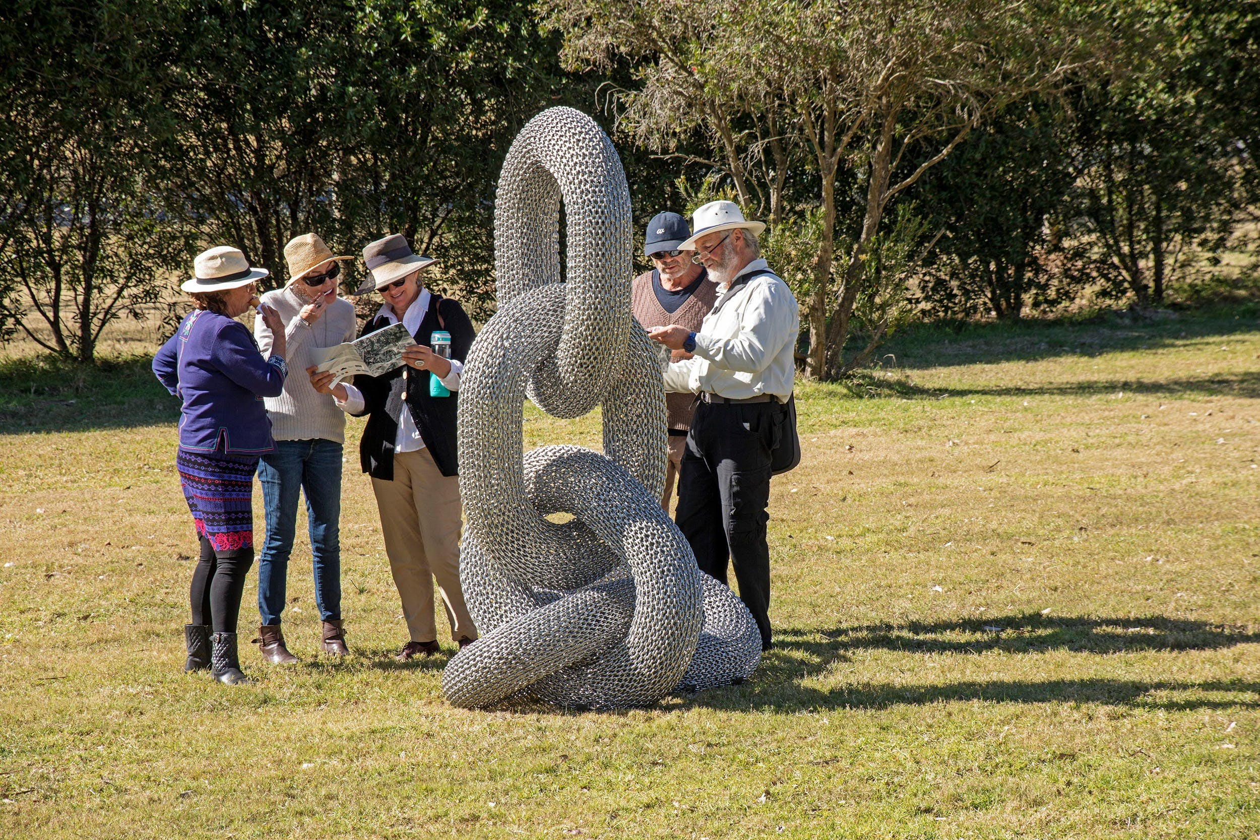 Sculpture for Clyde - Outdoor Exhibition - Lightning Ridge Tourism