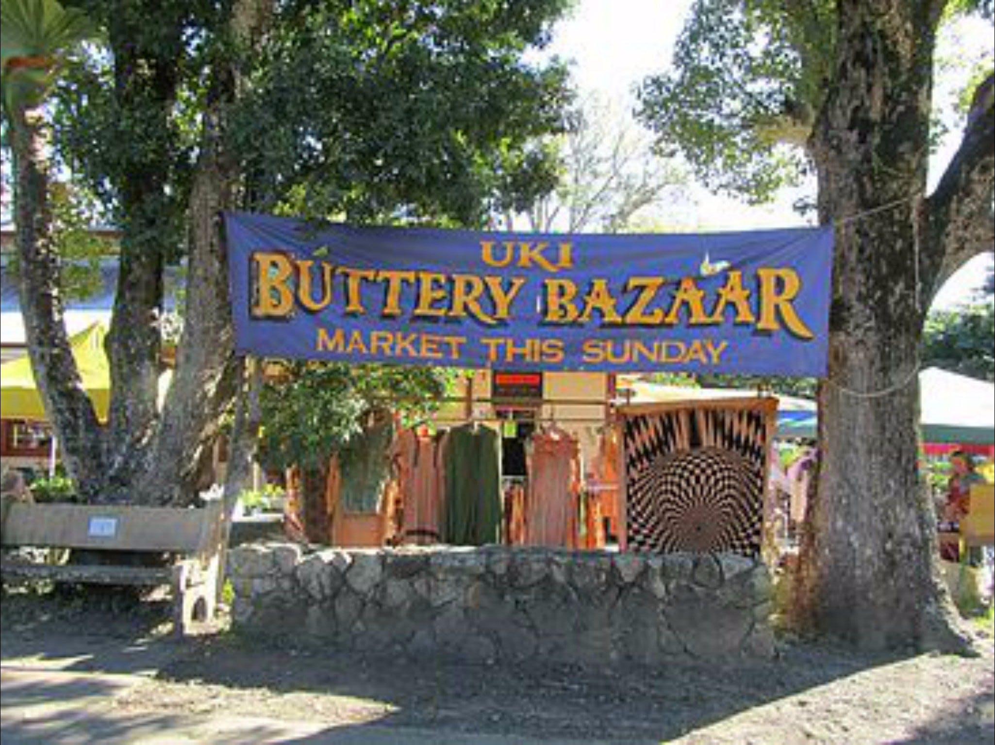 Uki Buttery Bazaar - Lightning Ridge Tourism