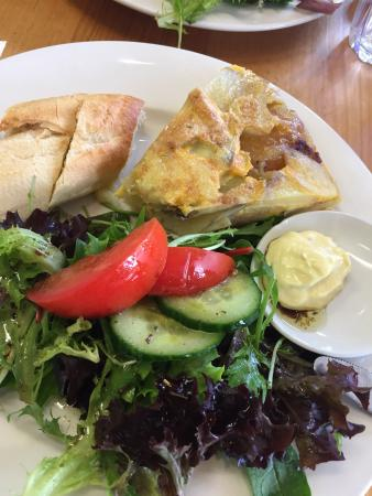 Fraga's Cafe - Lightning Ridge Tourism