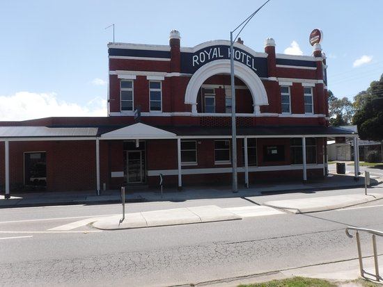 Royal Hotel - Lightning Ridge Tourism