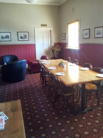 The Border Inn - Lightning Ridge Tourism