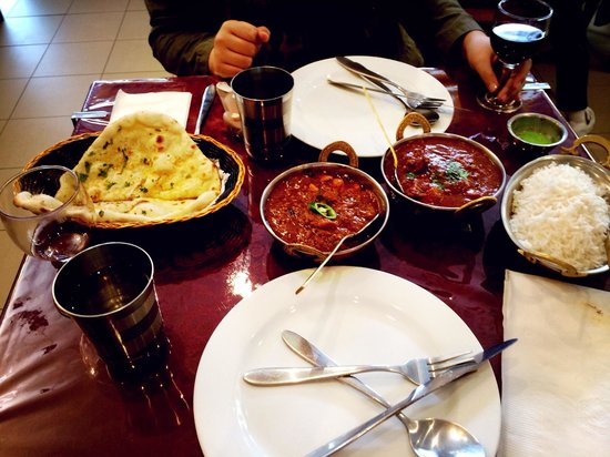 Raj Mahal Indian Restaurant - Lightning Ridge Tourism