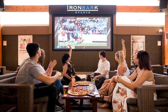 Ironbark Sports Bar - Lightning Ridge Tourism