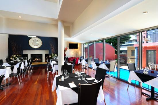 Pavilion Restaurant and Lounge - Lightning Ridge Tourism