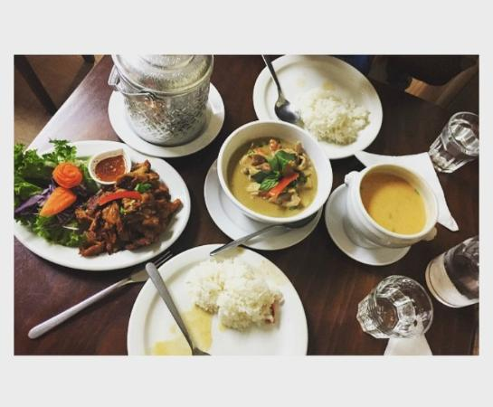 Petit Thai Cuisine - Lightning Ridge Tourism