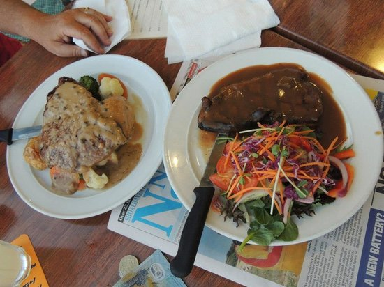 ShoalHaven Heads Bowling and Recreation Centre's Bistro - Lightning Ridge Tourism