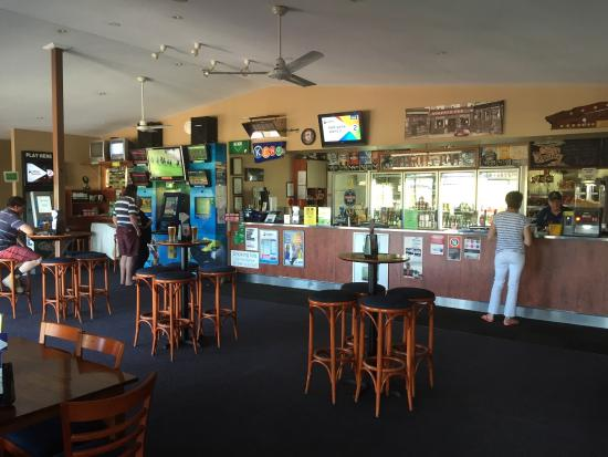 Riverview Tavern - Lightning Ridge Tourism