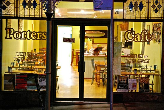 Porters Cafe - Lightning Ridge Tourism