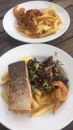 The Salty Crab Seafood Shack - Lightning Ridge Tourism