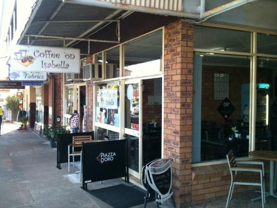 Coffee On Isabella - Lightning Ridge Tourism