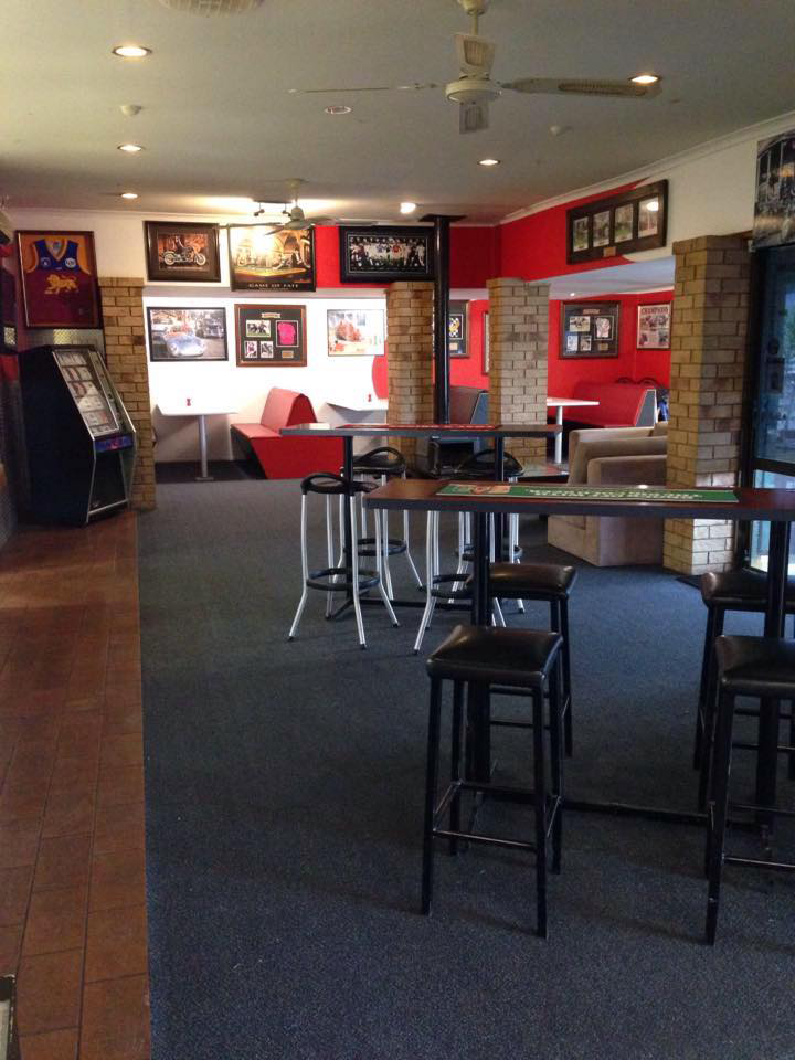 The Back Page Sports Bar  Grill - Lightning Ridge Tourism