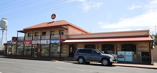 Bistro - Lightning Ridge Tourism