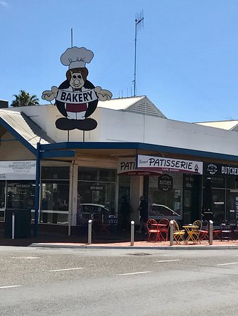 Renmark Patisserie - Lightning Ridge Tourism