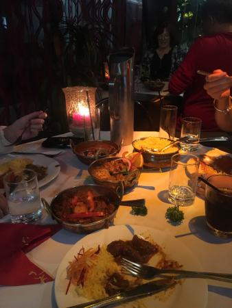 The curry bowl Indian restaurant - Lightning Ridge Tourism
