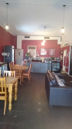 Bella Baristas - Lightning Ridge Tourism