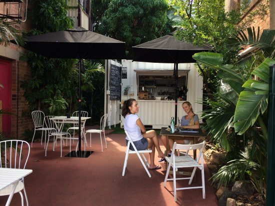 Birdies Espresso - Lightning Ridge Tourism