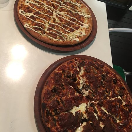 Canungra Pizza - Lightning Ridge Tourism