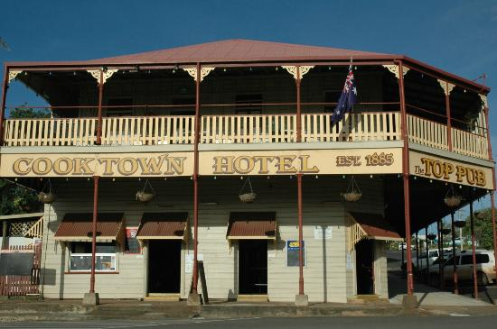 Cooktown Hotel - Lightning Ridge Tourism