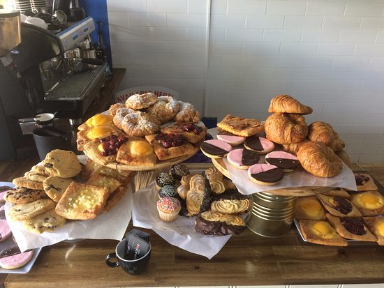 Wollumbin Street Bakery - Lightning Ridge Tourism