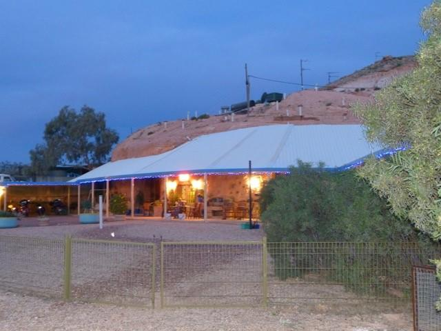 The Underground Motel - Lightning Ridge Tourism