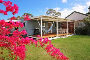 Hayes Beach House - Jervis Bay - Pet Friendly - Lightning Ridge Tourism