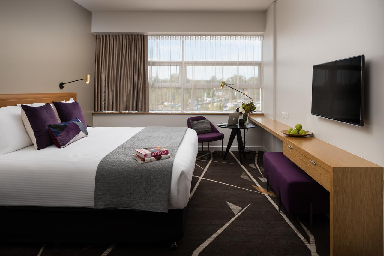 Rydges Campbelltown - Lightning Ridge Tourism